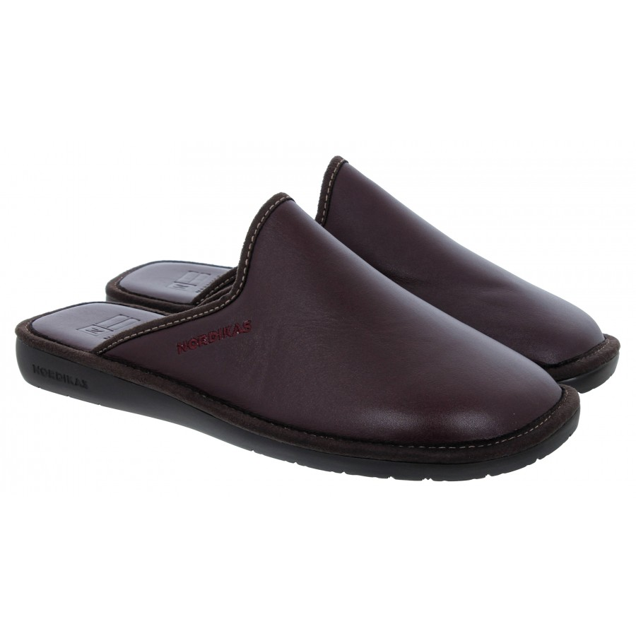 131 Slippers - Burdeos