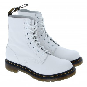 Dr. Martens 1460 Pascal Boots - White