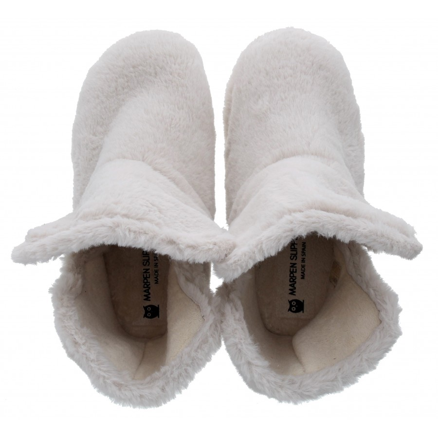 696 Slippers