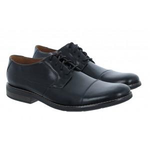 Clarks Becken Cap Shoes