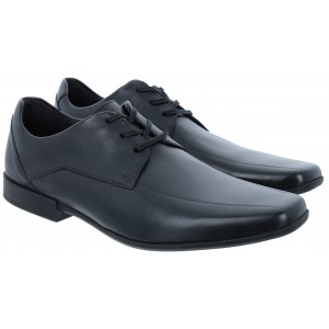 Clarks Glement Over Shoes