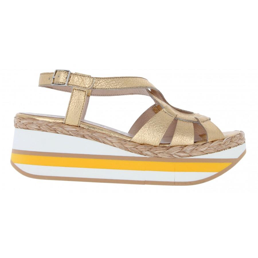 D-9102 Sandals